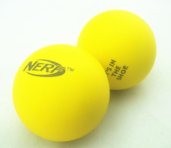 <span style='color:#FF0000'>Smooth foam stress ball</span>